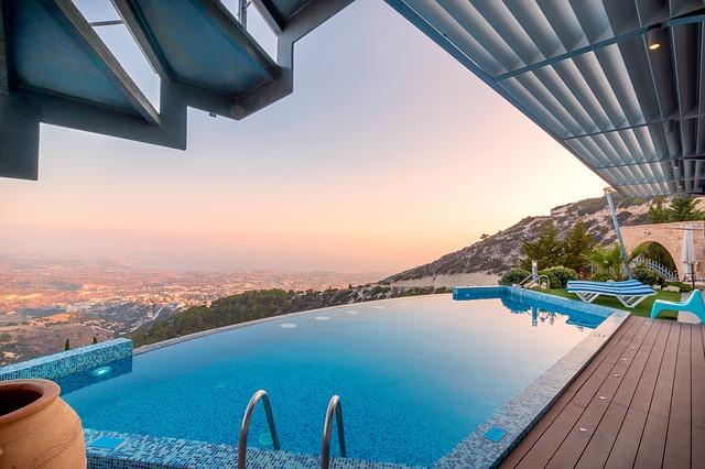 výhled od bazénu.jpg